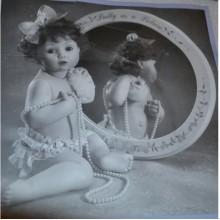 Коллекционная Фарфоровая кукла The Ashton-Drake Galleries Pretty as a Picture. Новая в коробке. Есть зеркало