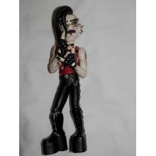 Кукла Bleeding Edge 20 см, пластмассовая