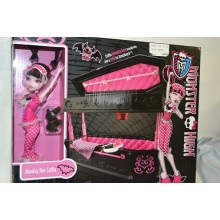 Подарочный набор Кукла монстер Хай Дракулаура + Кровать для Дракулауры Coffin Bunk Bed (Draculaura Jewelry Box Coffin) .